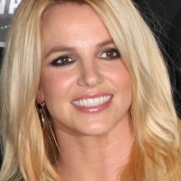 Britney Spears to Launch Twister Dance Game