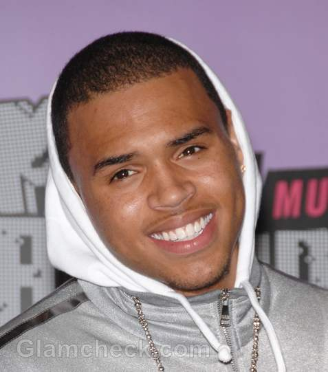 Chris Brown Will Perform at 2012 Grammys