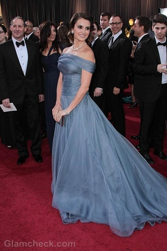Oscars 2012 best dressed Penelope Cruz