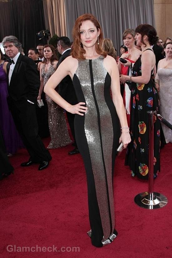 Oscars 2012 celebrities black gray gowns Judy Greer