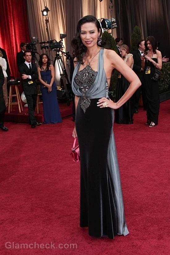 Oscars 2012 celebrities black gray gowns Wendi Murdoch