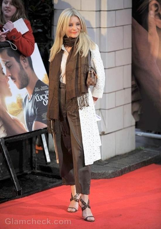 Nicola Stapleton Outfit The Lucky One Premiere