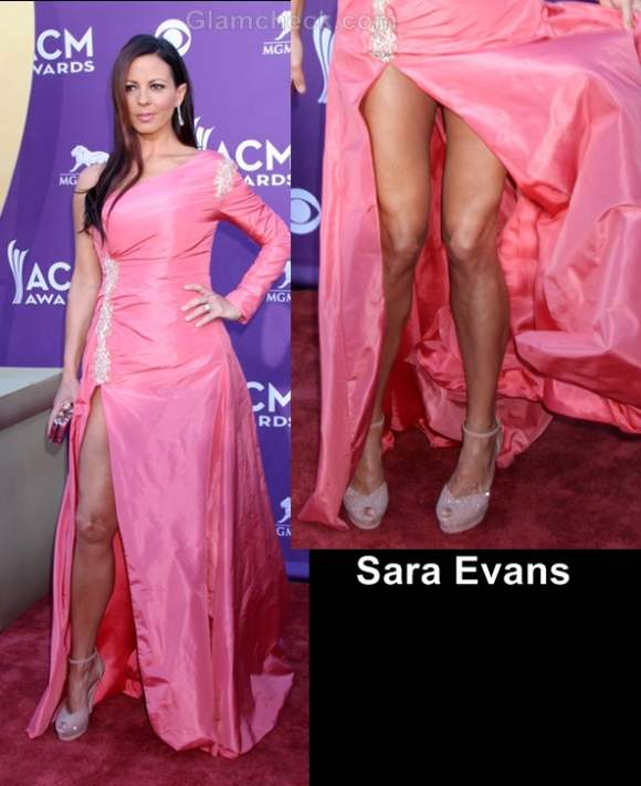 Worst dressed celebs at country music awards 2012 sara evans