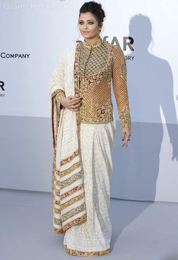 Aishwarya Rai Stunning In Traditional Attire at 2012 Cannes Film Festival