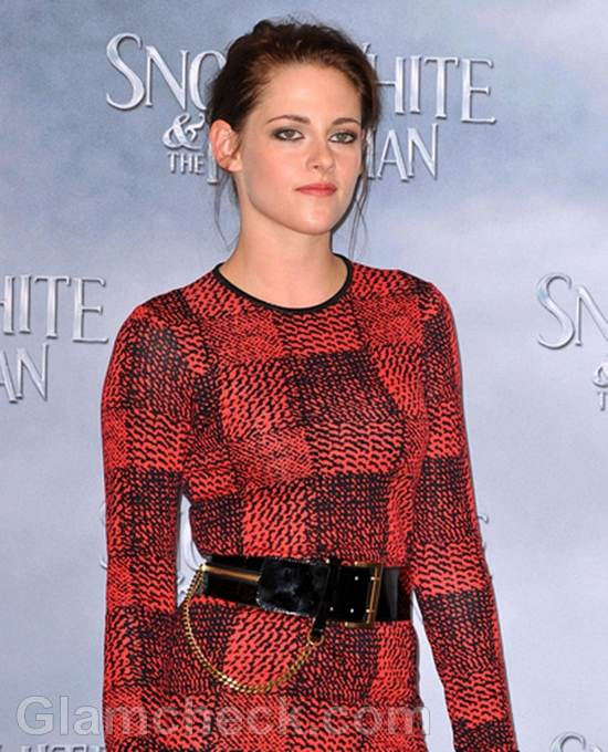 Kristen Stewart Snow White and the Huntsman Photocall