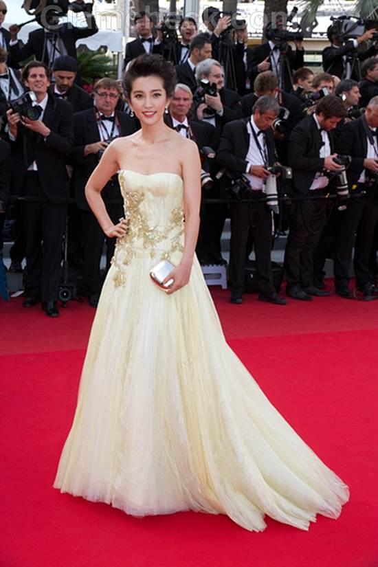 red carpet gowns Cannes Film Festival 2012 -day 3 Fan Bingbing
