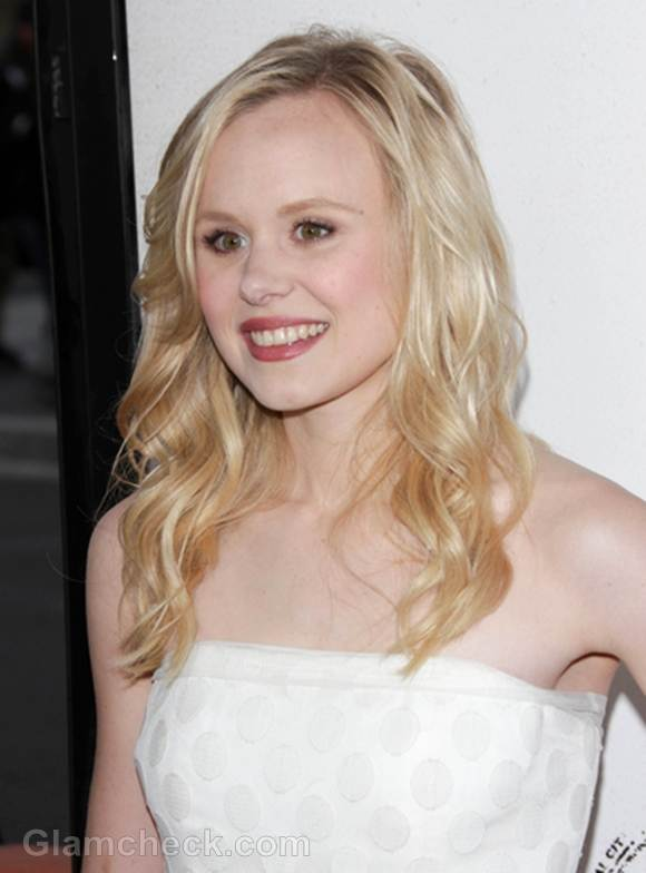 Alison Pill hairstyle makeup
