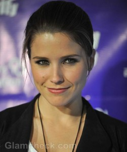 Sophia Bush 30th Bday raising funds