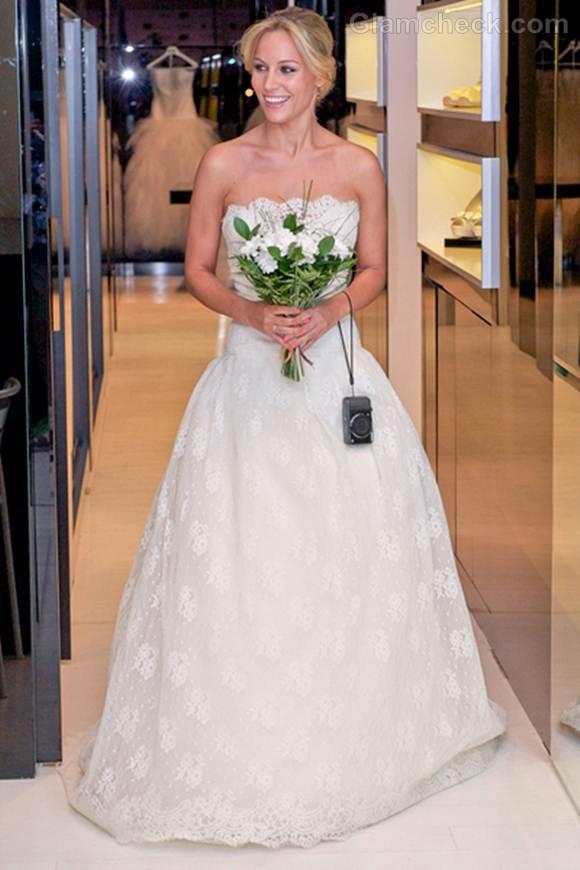 Edurne in rosa clara lace wedding dress