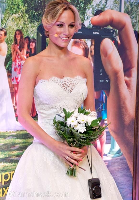 Edurne lace wedding dress for sony camera photocall