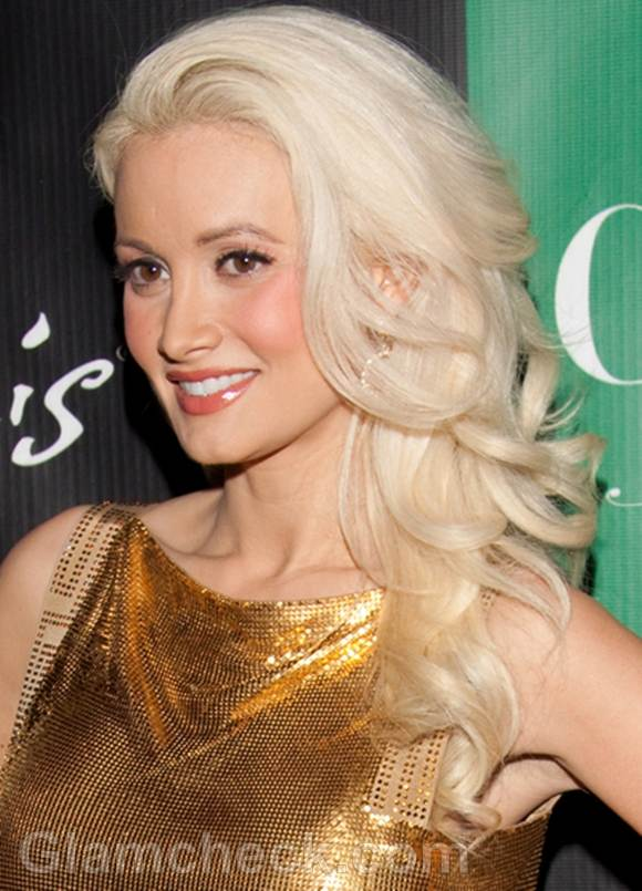 Holly Madison to Adopt