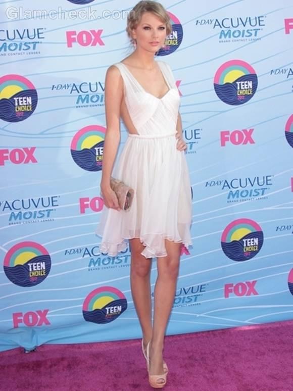 Taylor Swift off-white Dress at 2012 Teen Choice Awards