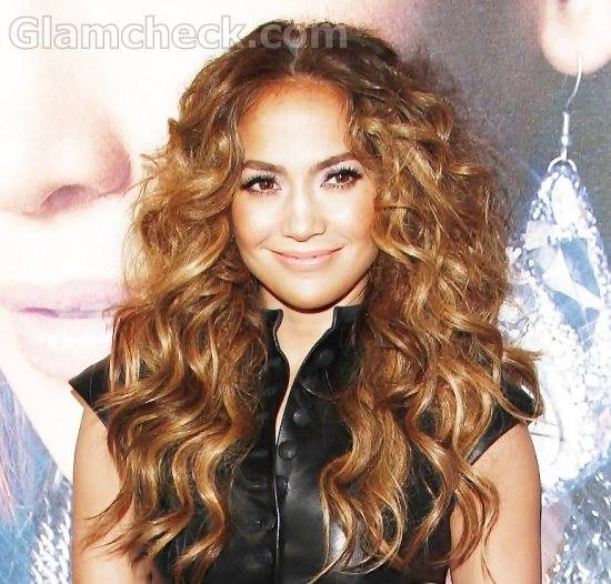Jennifer Lopez Sues Ex-employee for Extortion