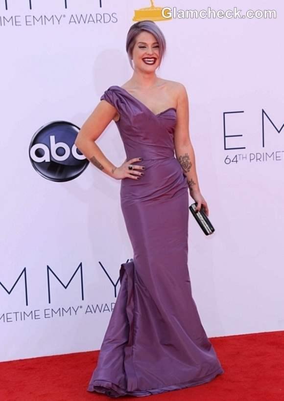 Kelly Osbourne Purple gown Emmy Awards 2012