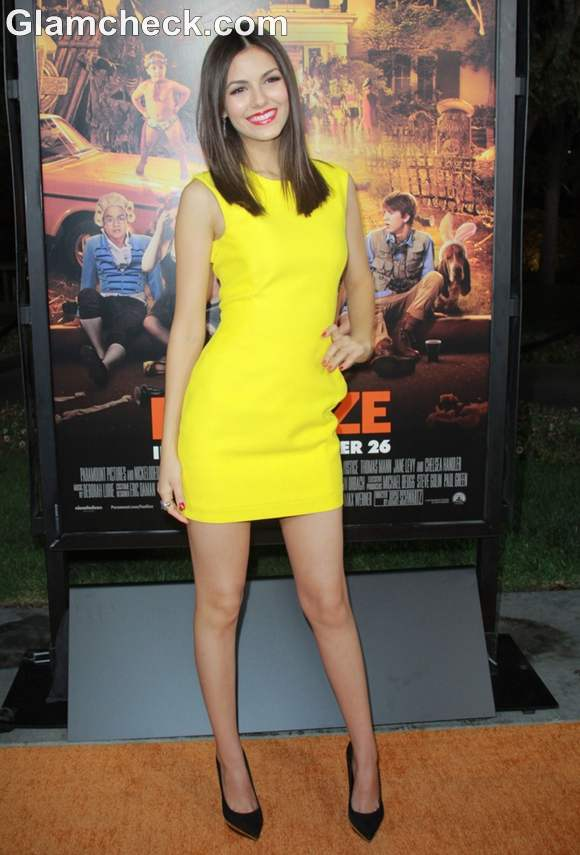 Victoria Justice yellow dress