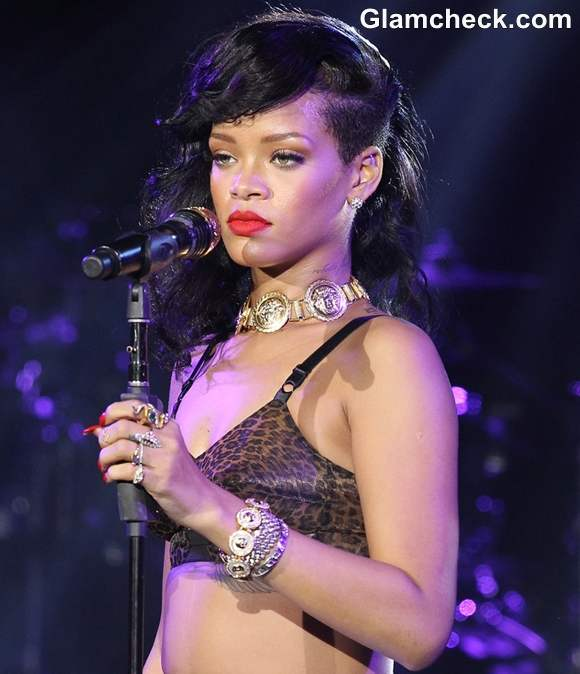 Rihanna Performs in Leopard-print Bra on Last Leg of 777 Tour