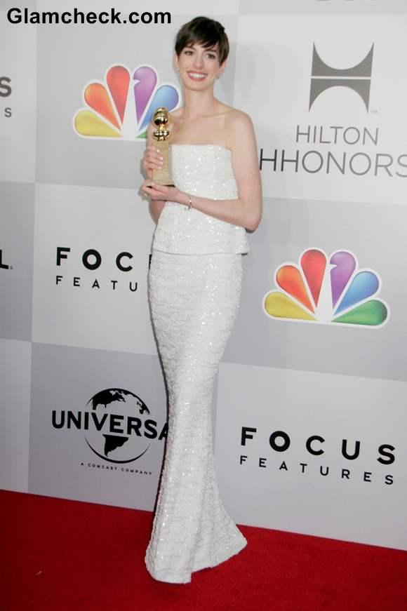 Anne Hathaway at 2013 golden globe awards