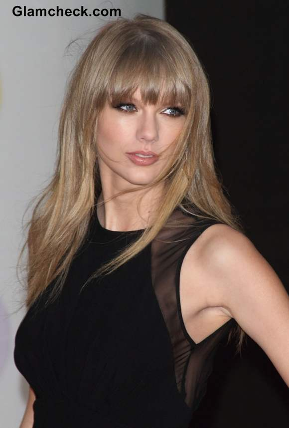 Taylor Swift at BRIT Awards 2013