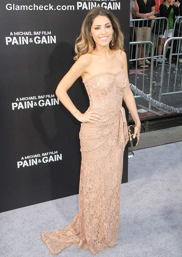 Yolanthe Cabau in Lace Gown at Pain gain LA Premiere