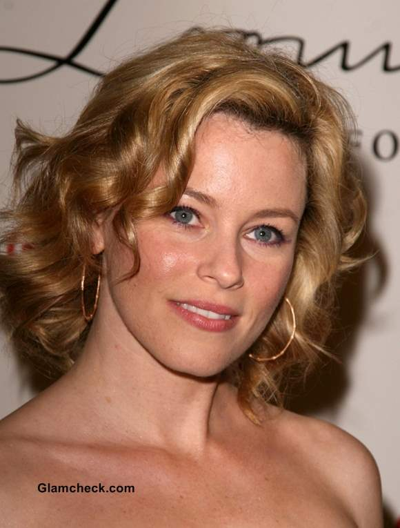Elizabeth Banks Turns Director for Sequel to Pitch Perfect