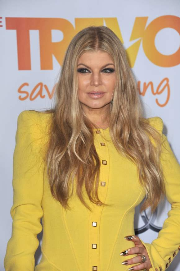 Fergie to follow her Makeup Passion