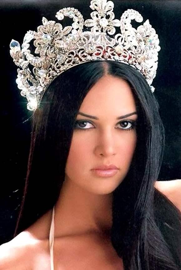 Former-Miss-Venezuela-Monica-Spear-shot-