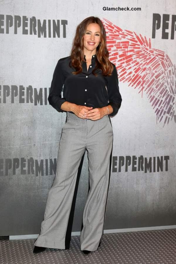 Jennifer Garner at Peppermint Photo Call
