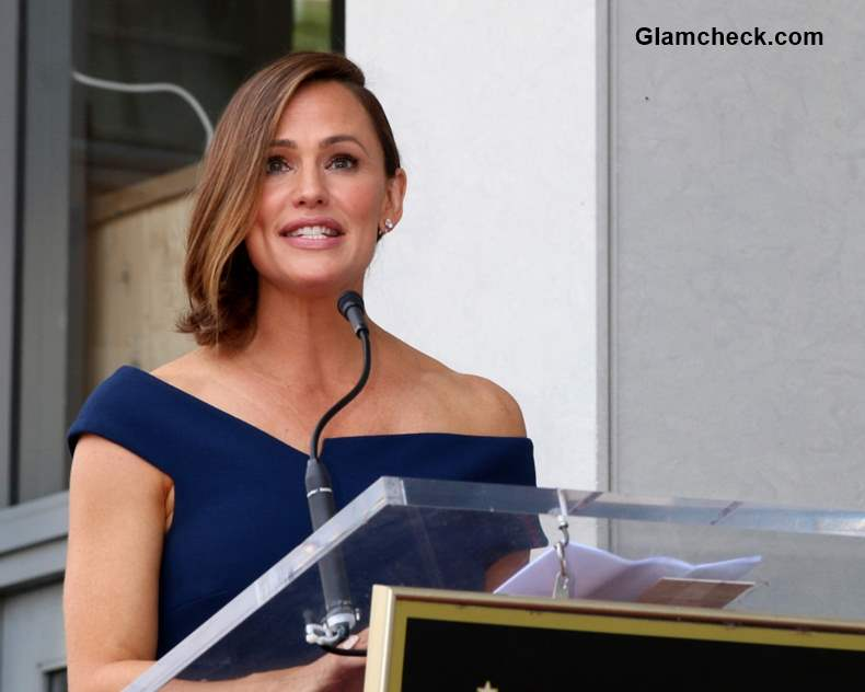 Jennifer Garner receives star on hollywood walk of Fame
