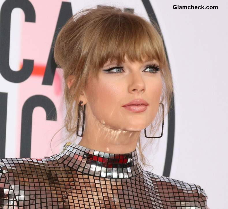 Taylor Swift Surprise Performance LGBTQ Youth Fundraiser