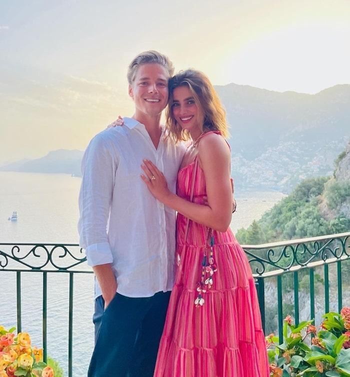 Taylor Hilland Daniel Fryer Engaged