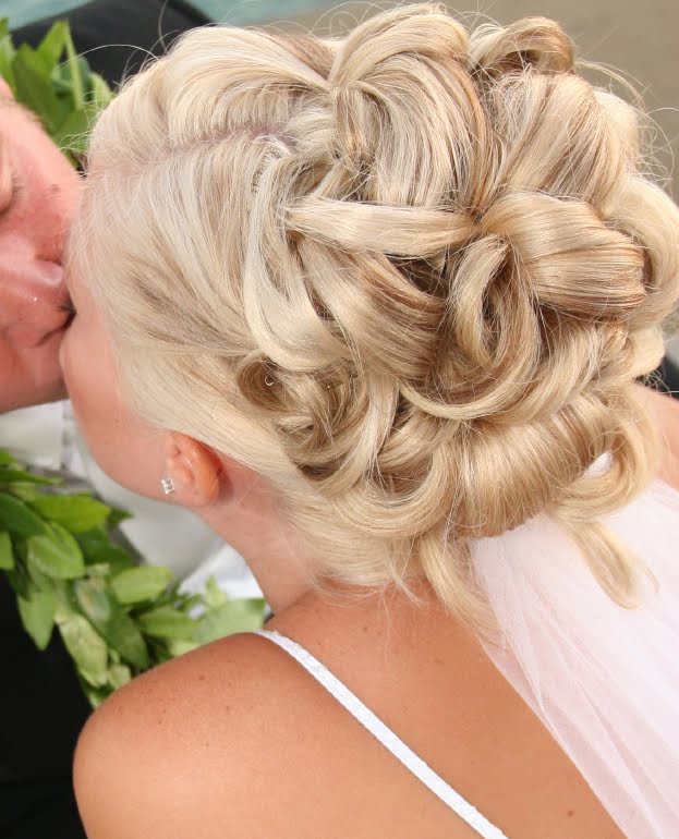 bridal_hairstyle for long hair- updo4