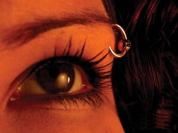 eyebrow piercing pictures -7