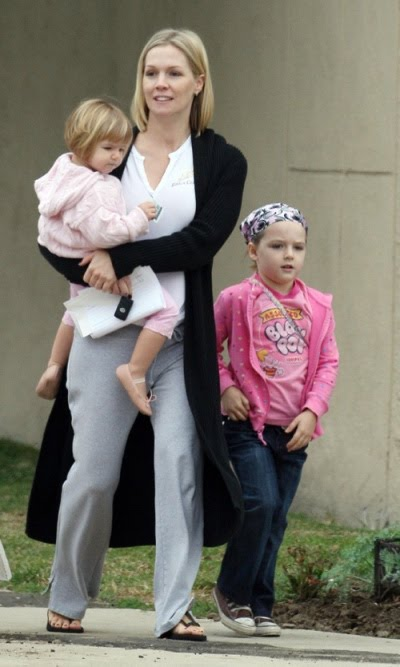 jenniegarth-with-kids