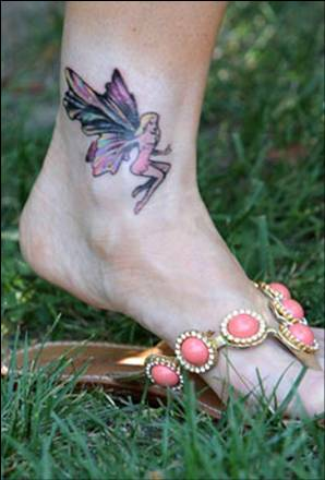 Denise Richards  tattoos