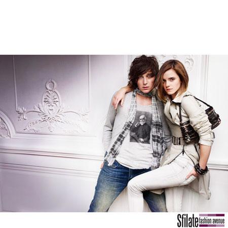 Emma Watson Burberry 2010 Fashion Ads-3