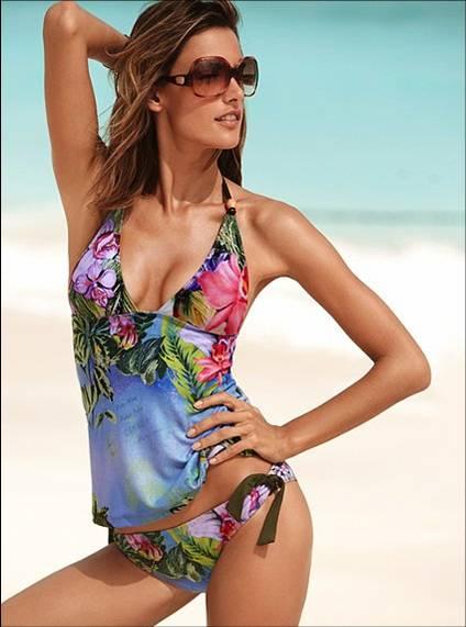 Halter neck tankini / swimwear