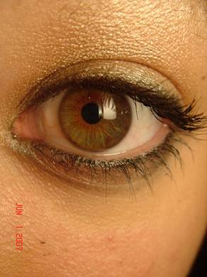 Colored Contact Lenses - How to choose the Perfect Color