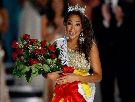 Miss America 2010 winner Miss Virginia, Caressa Cameron (2)