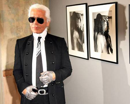 Karl Lagerfeld to venture into mass market