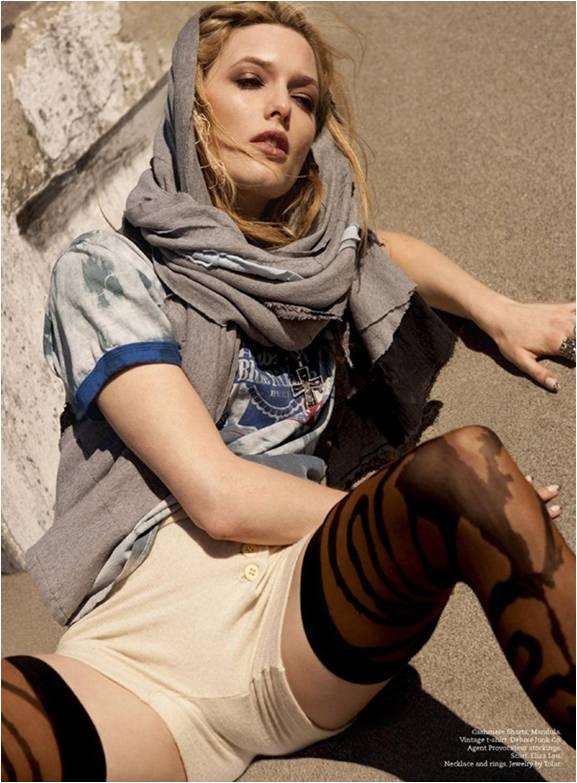 Lauren Innes For Tlc Magazine Summer 2010