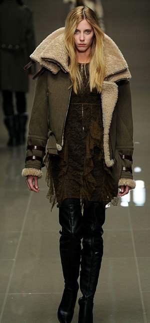 В моде дубленки и овчина. . Такой вид отделки кожи придает уютный вид многим вещам сезона от авиаторской куртки до