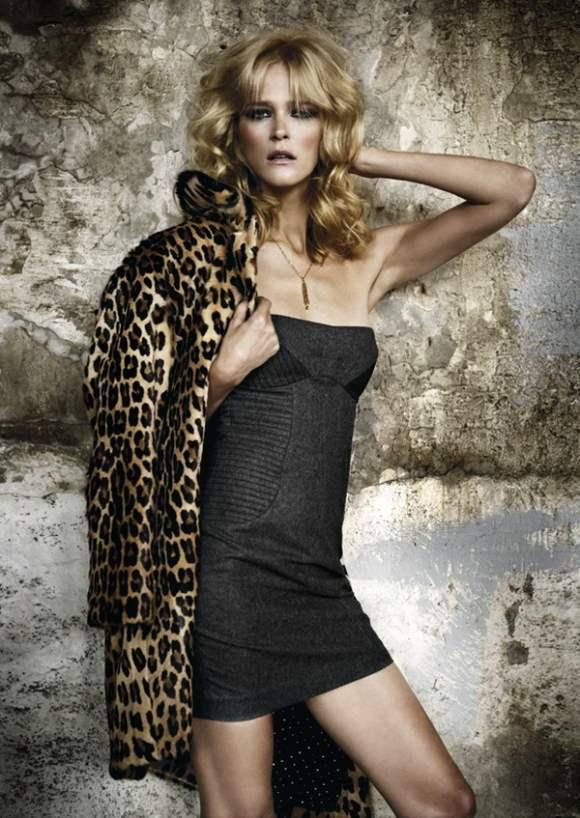 Carmen Kass for Elle Spain October 2010