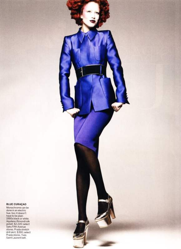 Raquel Zimmermann Vogue US December 2010-3