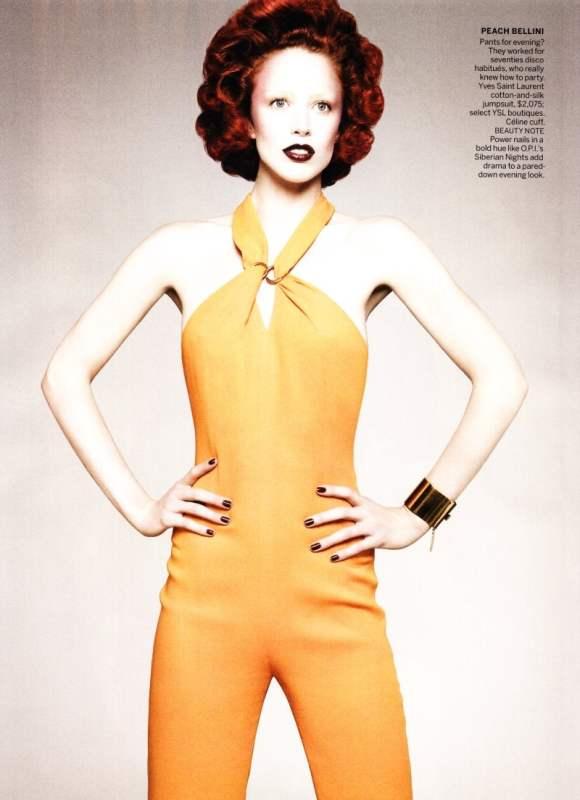 Raquel Zimmermann Vogue US December 2010-4