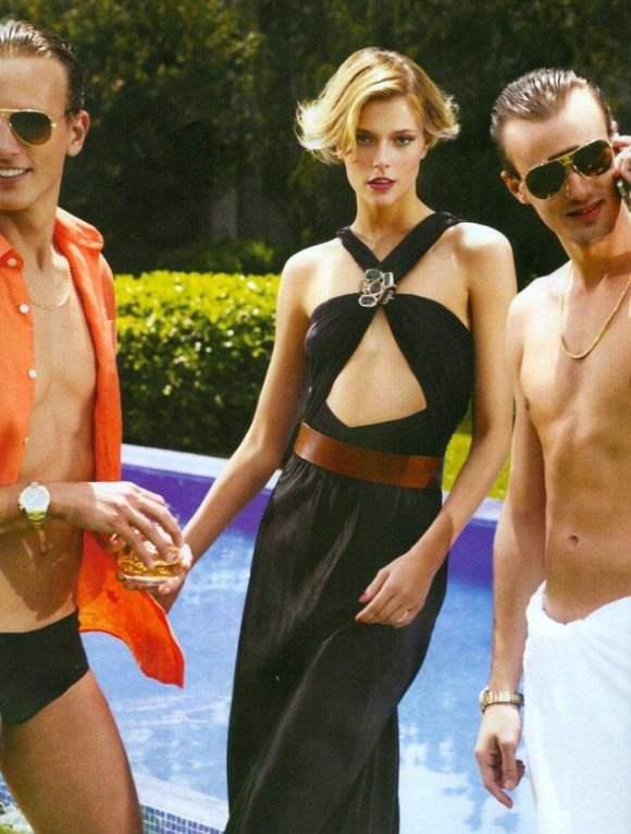 Vogue Brazil December 2010 7