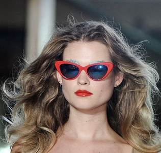 cat eye sunglasses trend red frame spring 2011 Giles