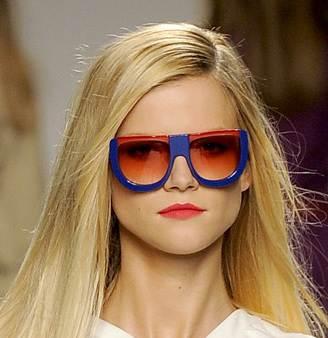 huge edgy sunglasses trend spring summer 2011 Fendi