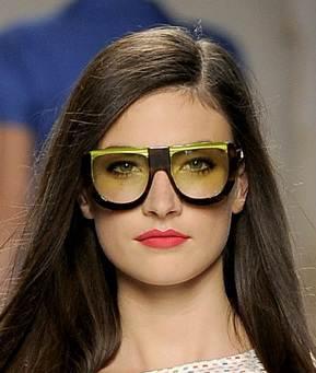 huge-edgy sunglasses trend spring summer 2011 Fendi