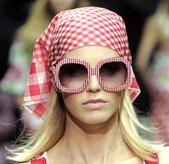 retro sunglasses trend spring 2011 D-G