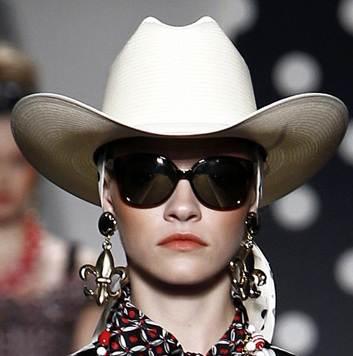 white cowboyish hats for women spring 2011 Moschino